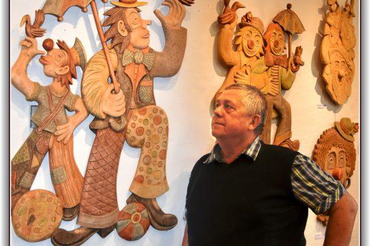 Vernisáž výstavy řezbáře a grafika Václava Plechatého obrázek