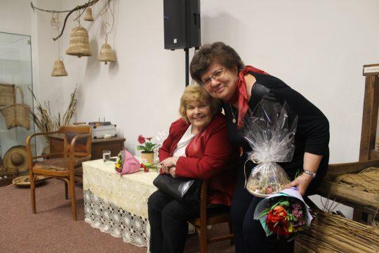 Beseda s Ivankou Devátou a Marií Formáčkovou obrázek