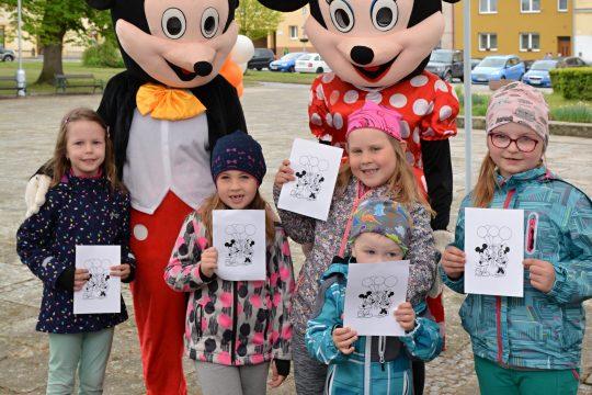 """Dopoledne literatury"" s Mickeym a Minnie obrázek"