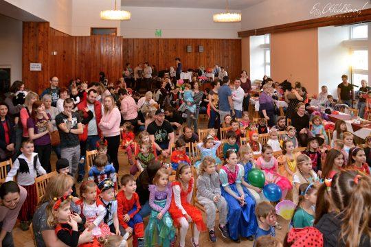 Dětský karneval obrázek