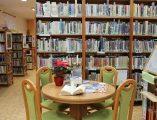 Výdejní okénko v knihovně image