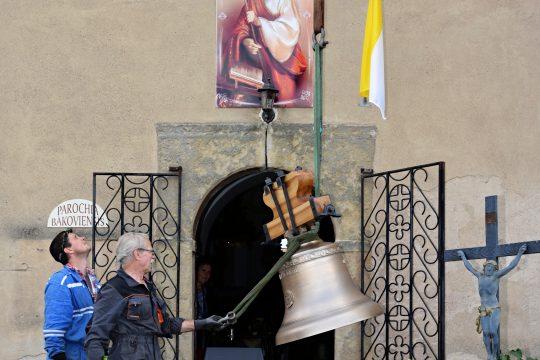 Nové zvony chrámu sv. Bartoloměje obrázek